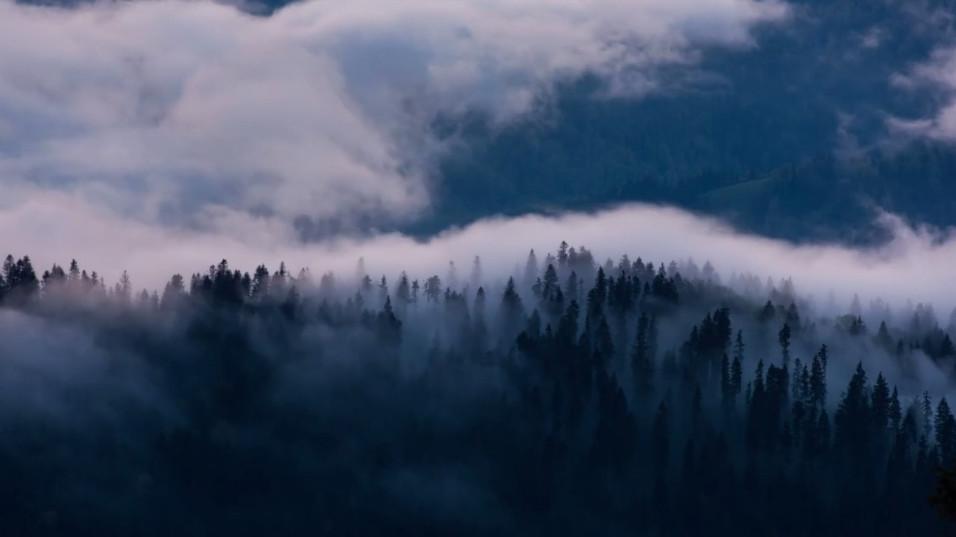 Dancing clouds - Timelapse Ceahlau