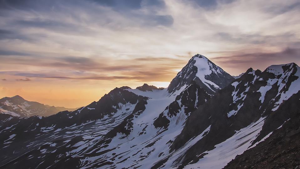 Alps-in-Light